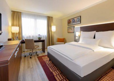 Mercure Hotel Duisburg City Superior Zimmer Totalansicht